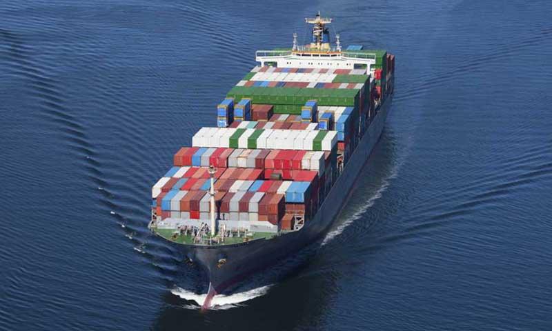 Πλοίο που πραγματοποιεί θαλάσσιες μεταφορές